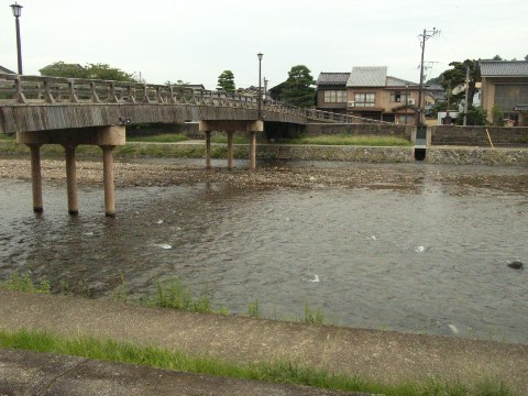金沢市内を流れる浅野川にかかる梅ノ橋