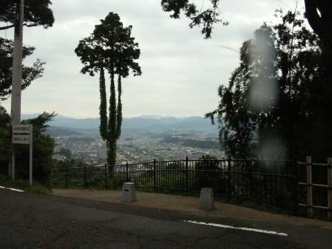 卯辰山から望む金沢市内