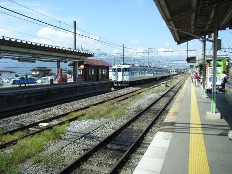 中央本線小淵沢駅