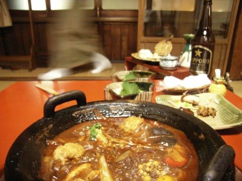 名古屋「鳥久」にて鶏の鍋を食べる