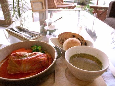 手賀沼(我孫子市)沿いのカフェ「ティティカ(Titika)」にて昼食