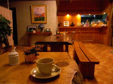 西荻窪のカフェ「Kanon(カノン)」