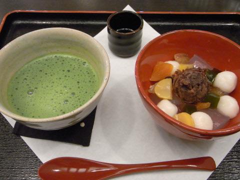 Ario亀有の武蔵野茶房のあんみつ