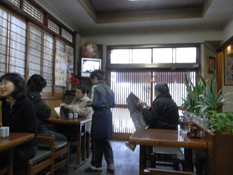 西荻窪の地蔵坂にあるそば屋「やぶ平」にて