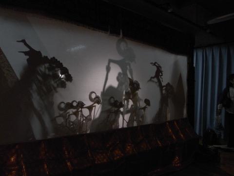 クルタクルティによるワヤンの上演後幕