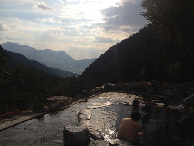 馬曲温泉 望郷の湯(まぐせ) 男湯の露天風呂